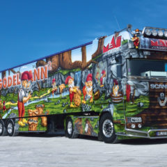 Kalendarz wieloplanszowy Trucks (1)