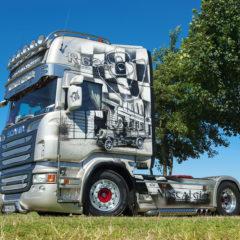 Kalendarz wieloplanszowy Trucks (3)