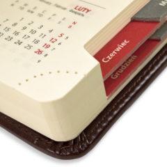 kalendarz-ksiazkowy-braz-wyciete-registry