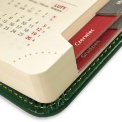 kalendarz-ksiazkowy-zielen-z-registrami